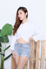 BUTTONED CROP SHIRT IN WHITE