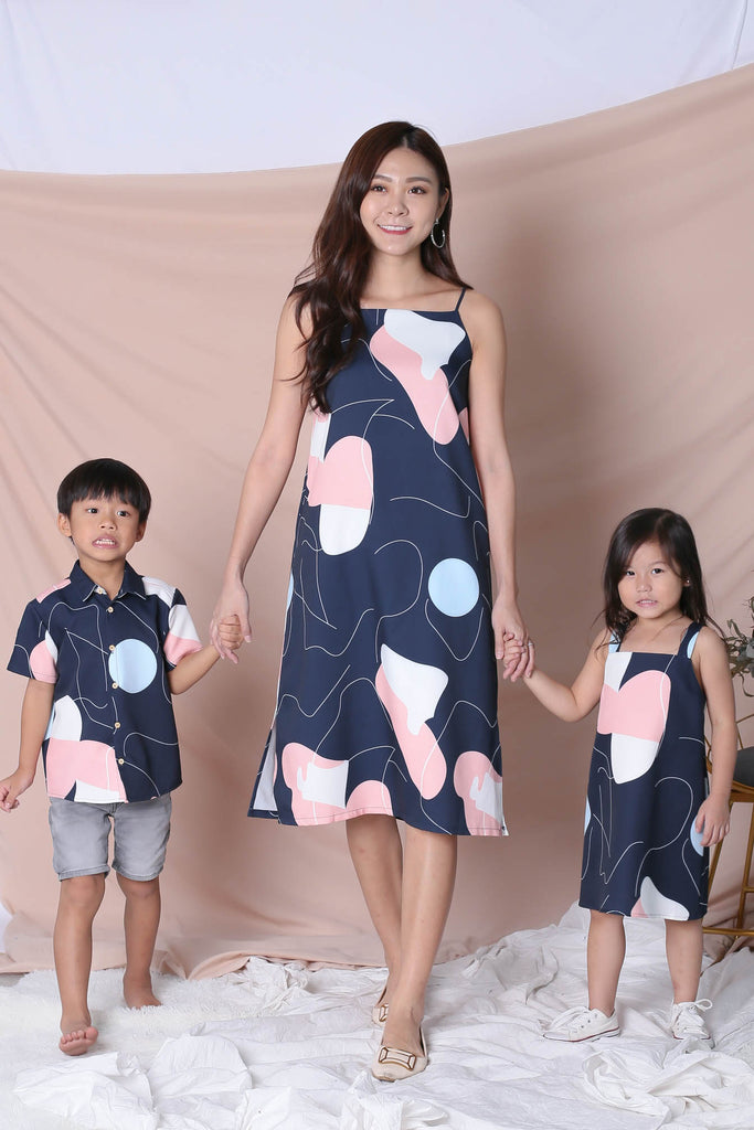 *BACKORDER* (PREMIUM) SCRIBBLE 2 WAY DRESS IN NAVY - TOPAZETTE