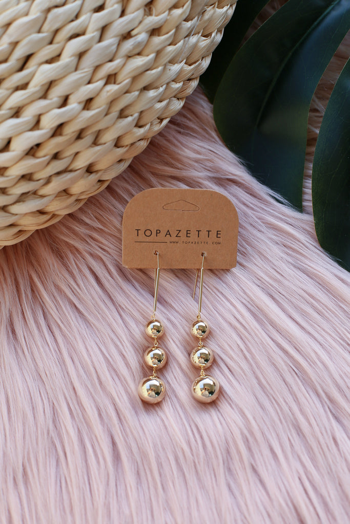 COSETTE HOOKED EARRINGS - TOPAZETTE
