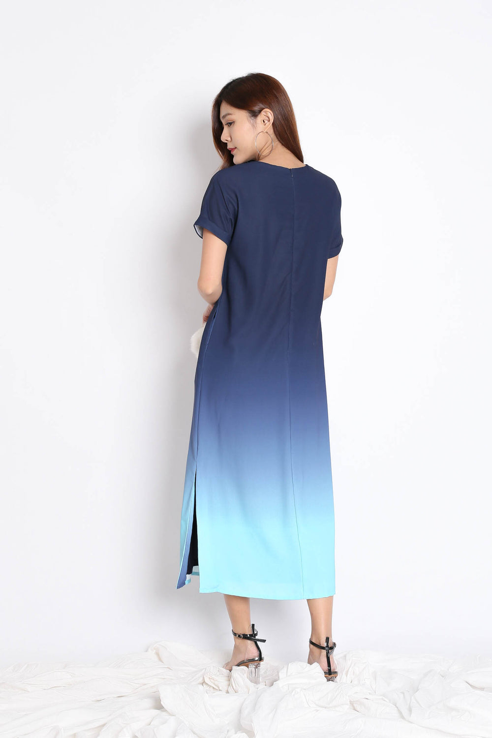 (PREMIUM) ANAIS SLEEVED OMBRE MAXI (NAVY/ MINT)