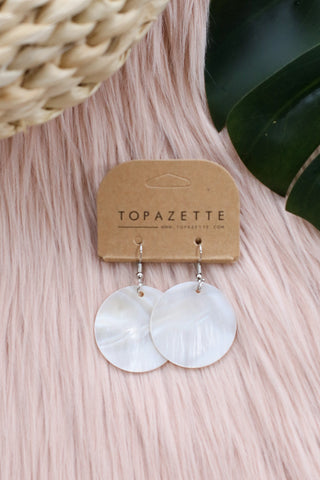 HOOKED SEASHELL EARRINGS