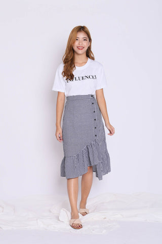 GINGHAM RUFFLES BUTTON SKIRT IN BLACK