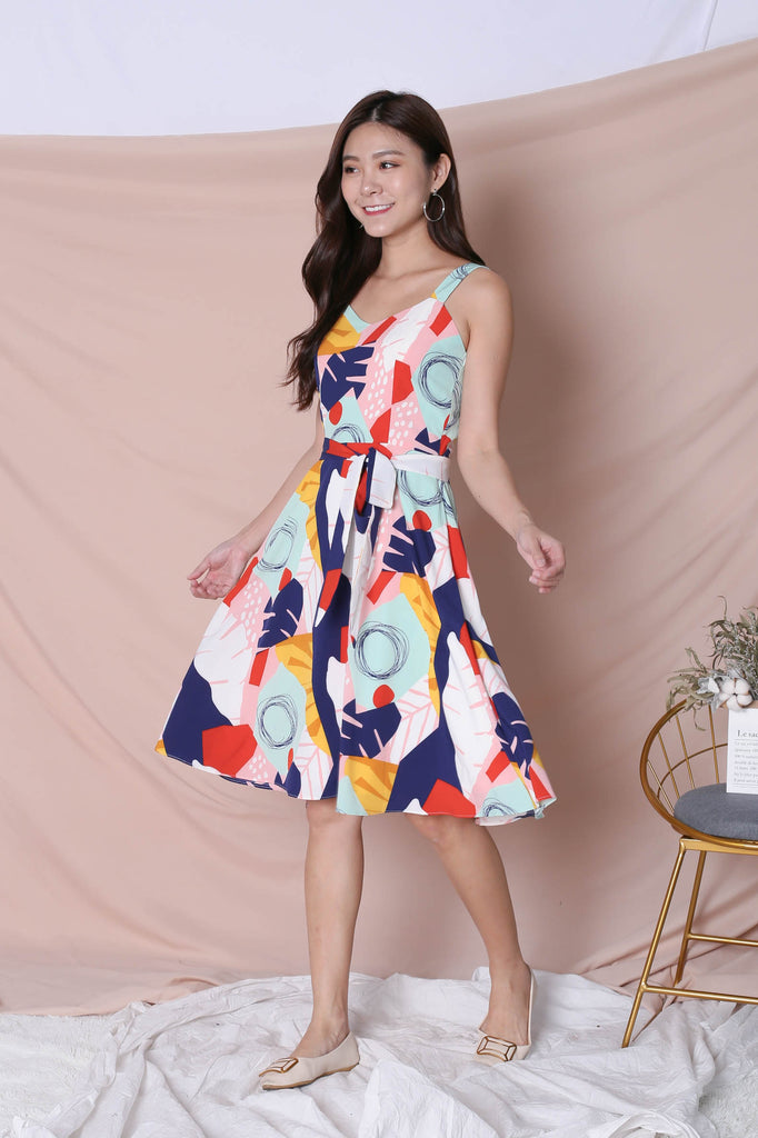 (PREMIUM) COLOUR PLAY ABSTRACT 2 WAY SKATER DRESS - TOPAZETTE