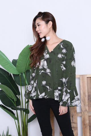 ZOFIA FLORAL BELL SLEEVES TOP IN FOREST