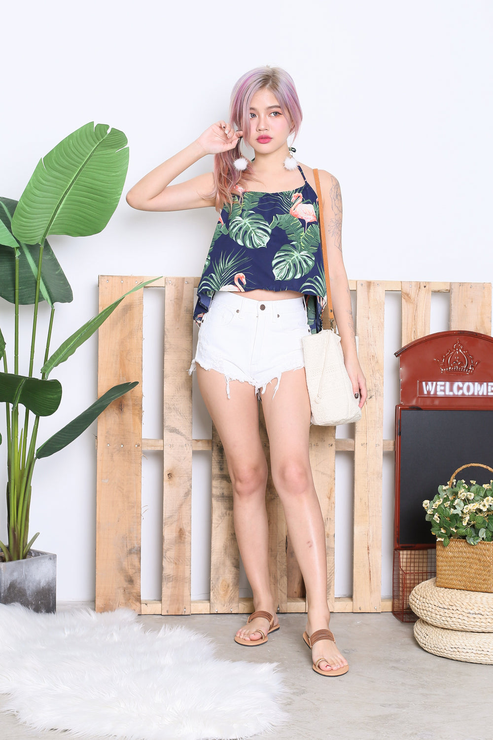 PALM FLAMINGO HALTER TOP IN NAVY