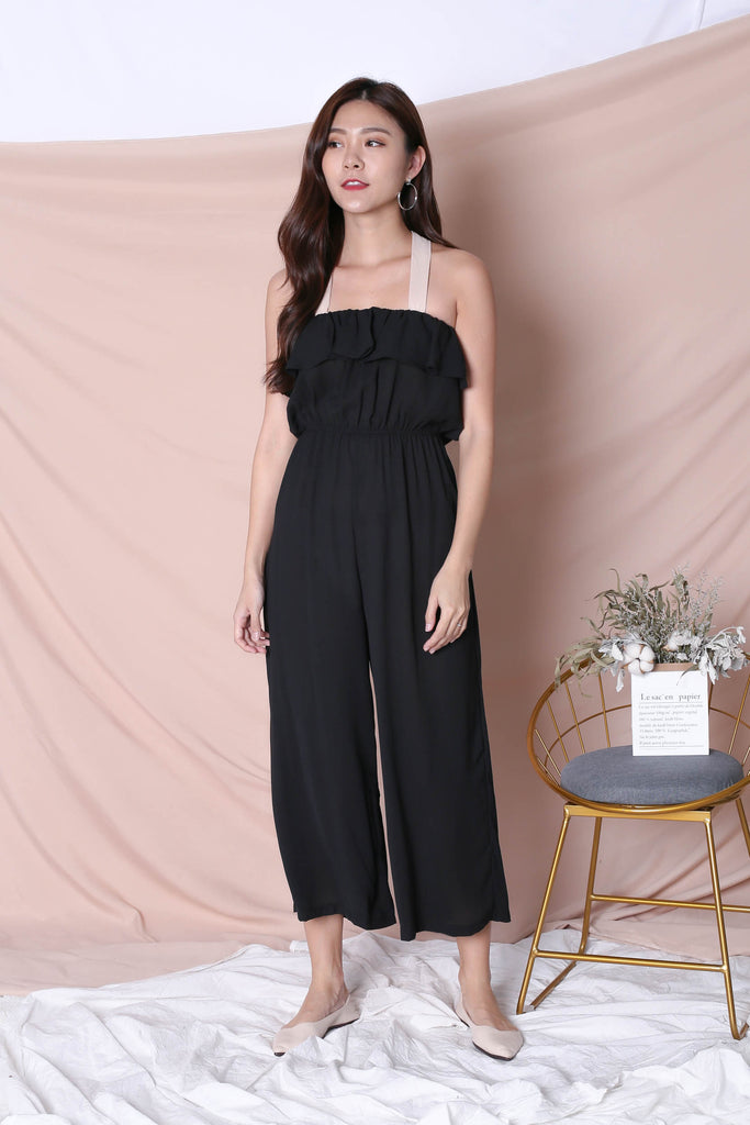 NISHA JUMPSUIT IN BLACK - TOPAZETTE
