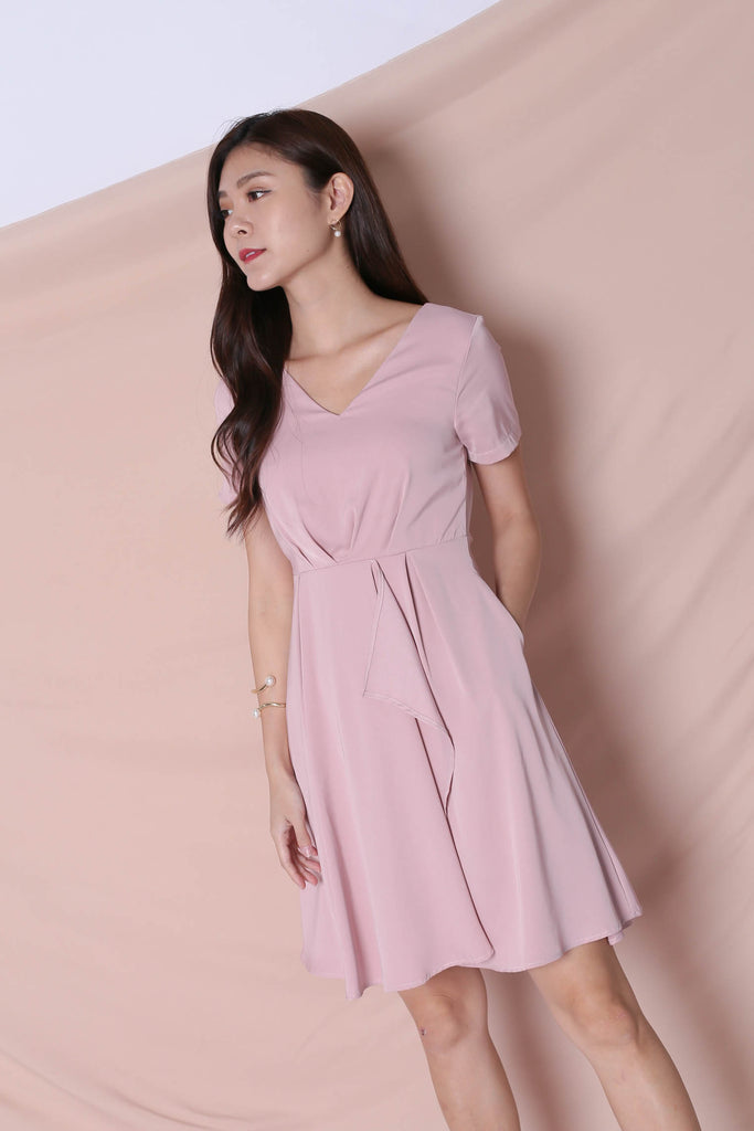 *TPZ* (PREMIUM) TIVIA DRESS IN DUSTY PINK