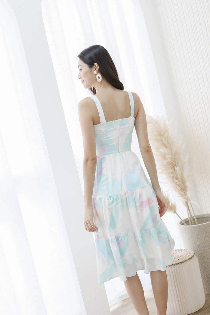 *TPZ* (PREMIUM) THE WATERCOLOUR ART TIER DRESS IN WHITE