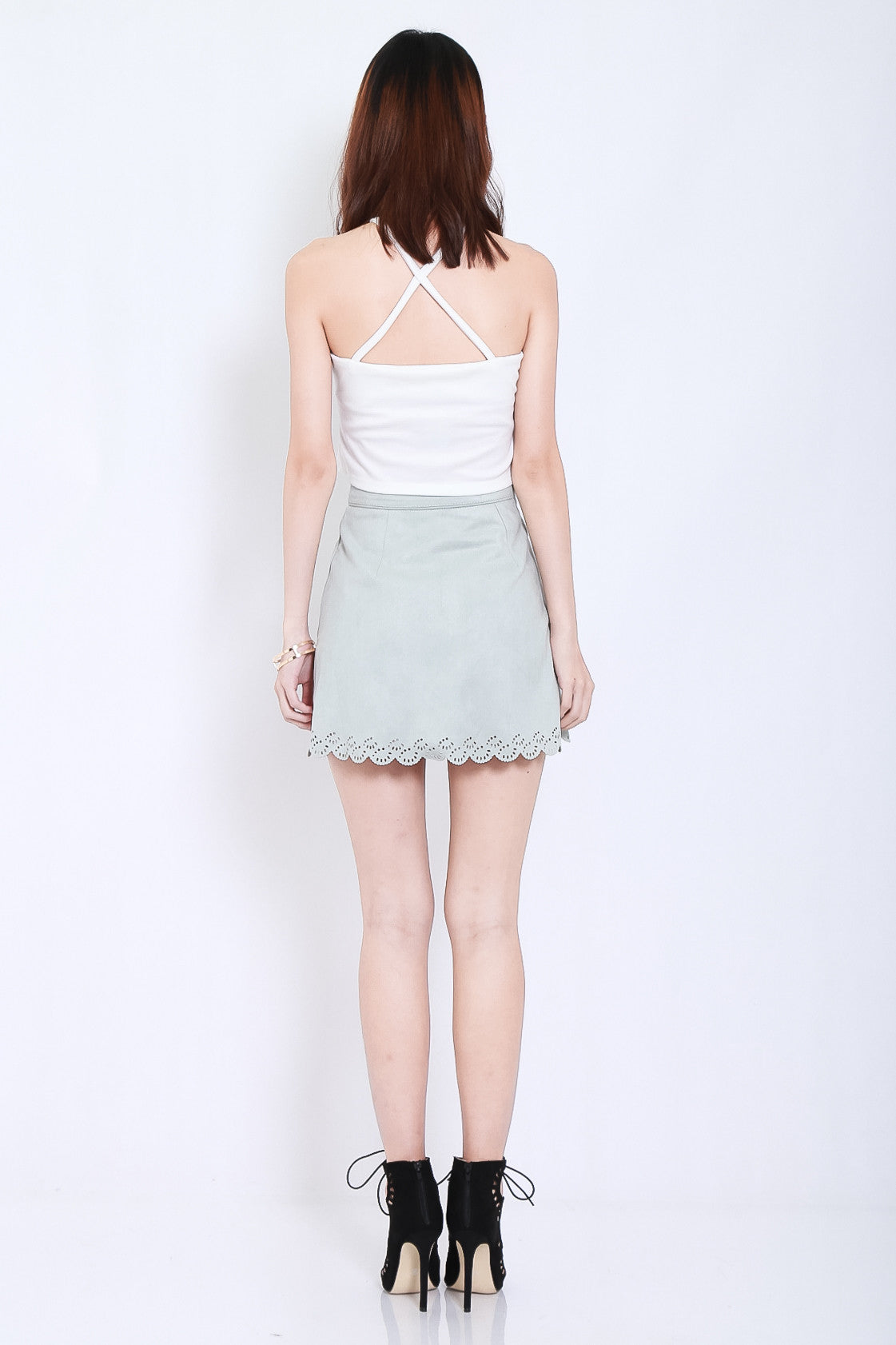 BASIC X BACK TOP IN WHITE - TOPAZETTE