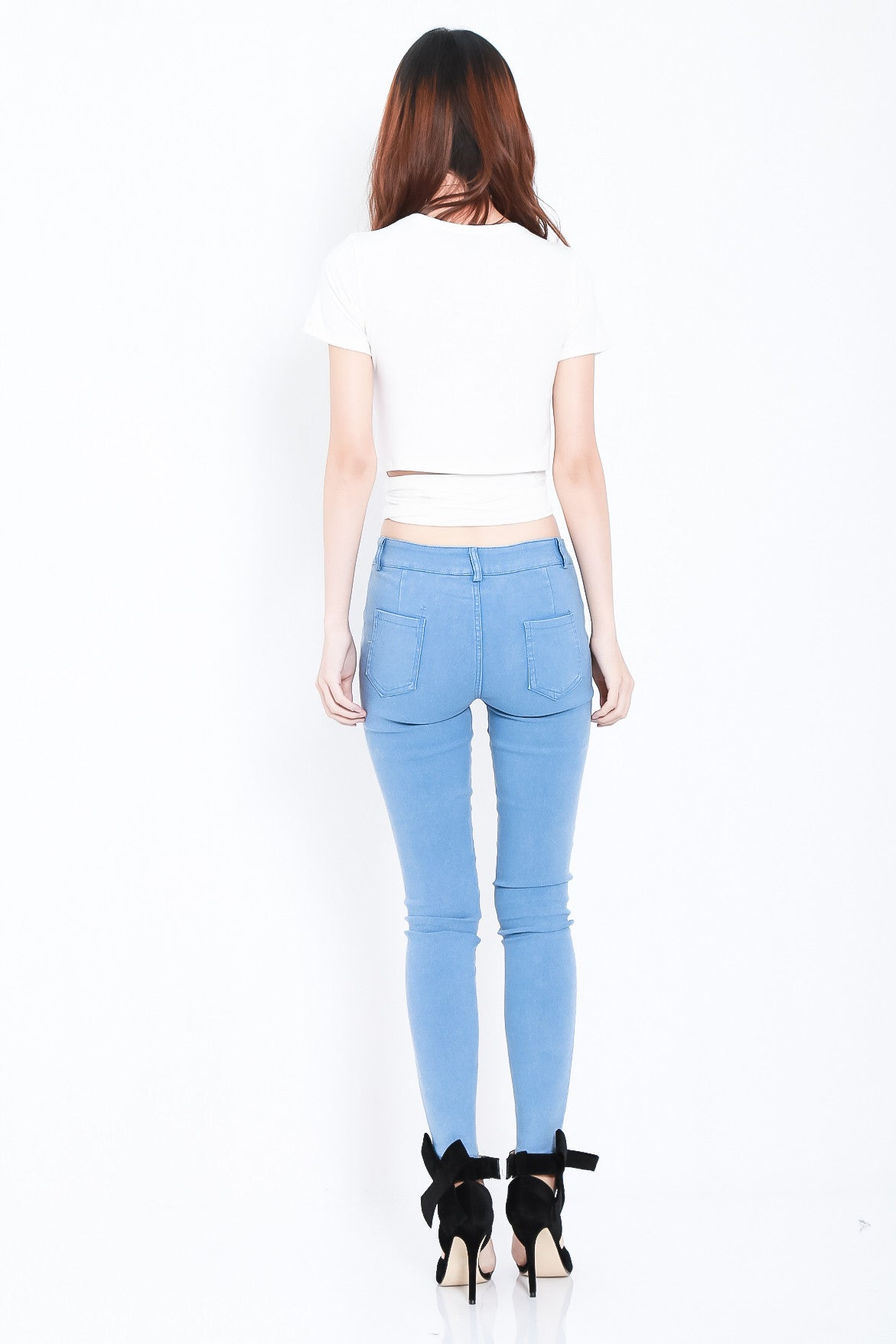 STAY CLOSE SLIT JEGGINGS IN LIGHT BLUE