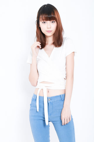 (RESTOCKED) WRAP ME UP TOP IN WHITE - TOPAZETTE