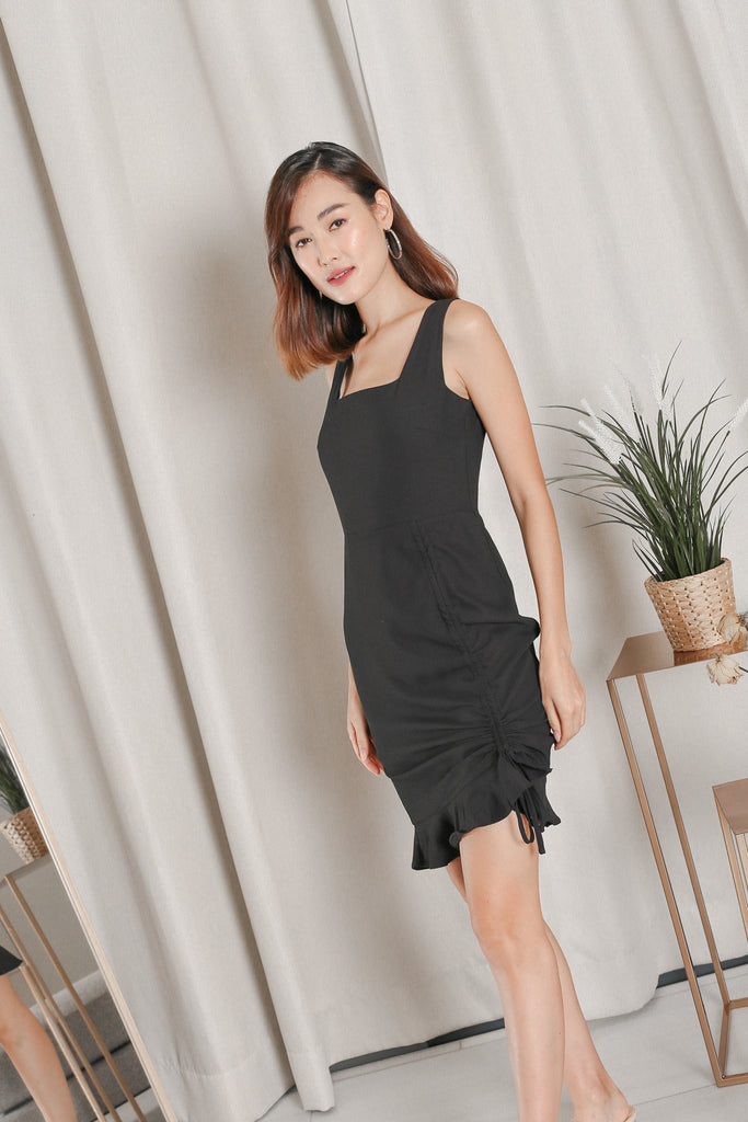 *TPZ* ZOLA RUCHED DRESS IN BLACK
