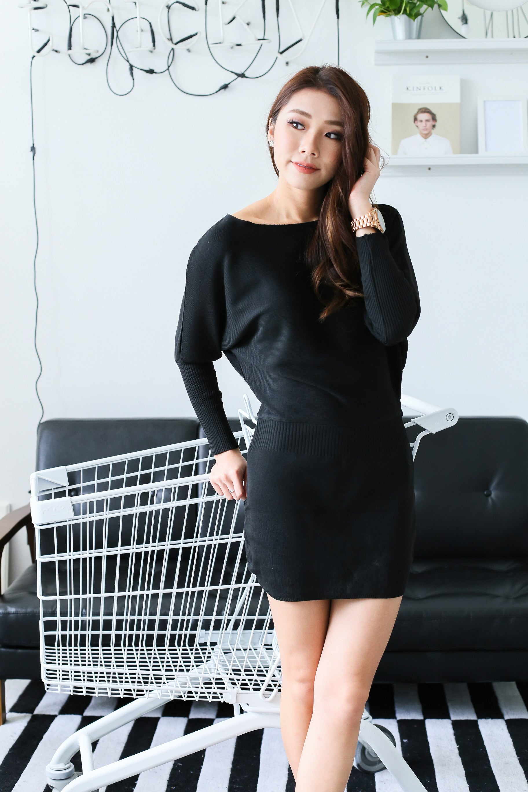 COSY UP KNIT DRESS IN BLACK - TOPAZETTE