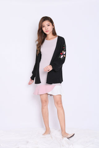 ALIZ EMBROIDERY CARDIGAN IN BLACK