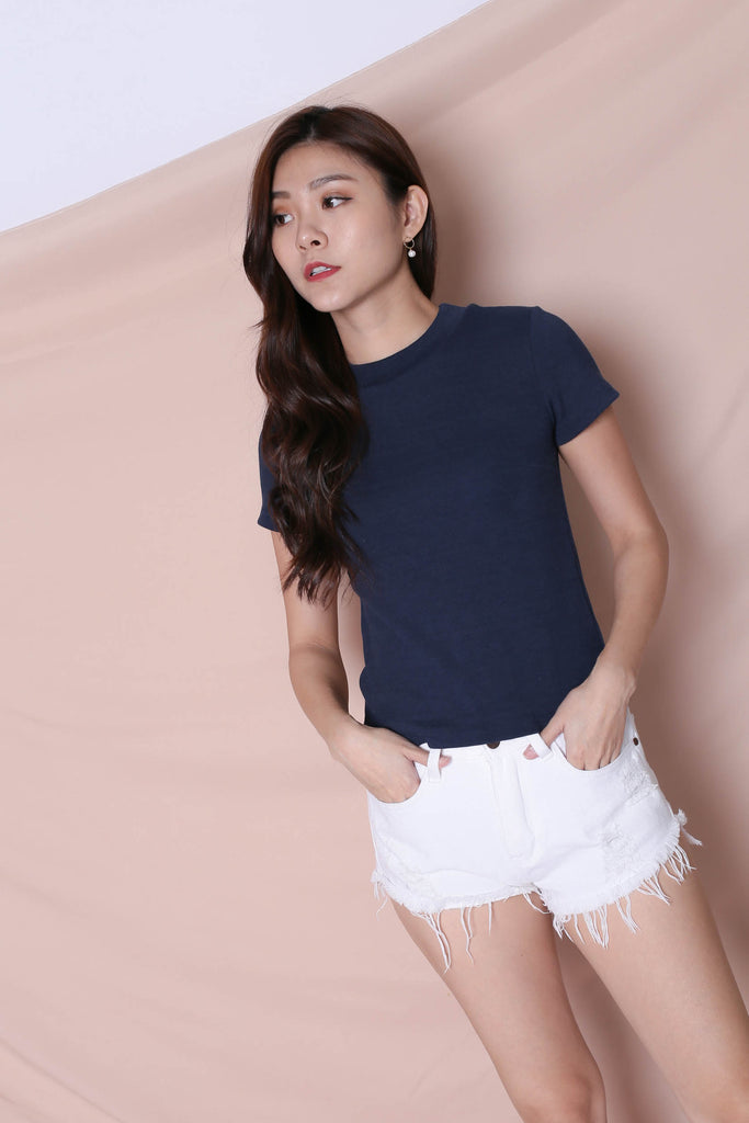 *TPZ* YOUR BASIC KNIT TOP IN NAVY