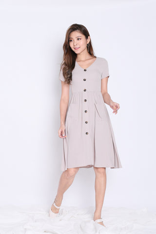 *TPZ* (PREMIUM) SARIELLE BUTTON POCKET MIDI IN LIGHT KHAKI