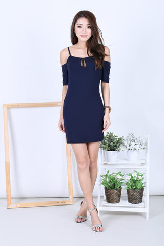 *BACKORDER* KEYHOLE REVERSIBLE DRESS IN NAVY