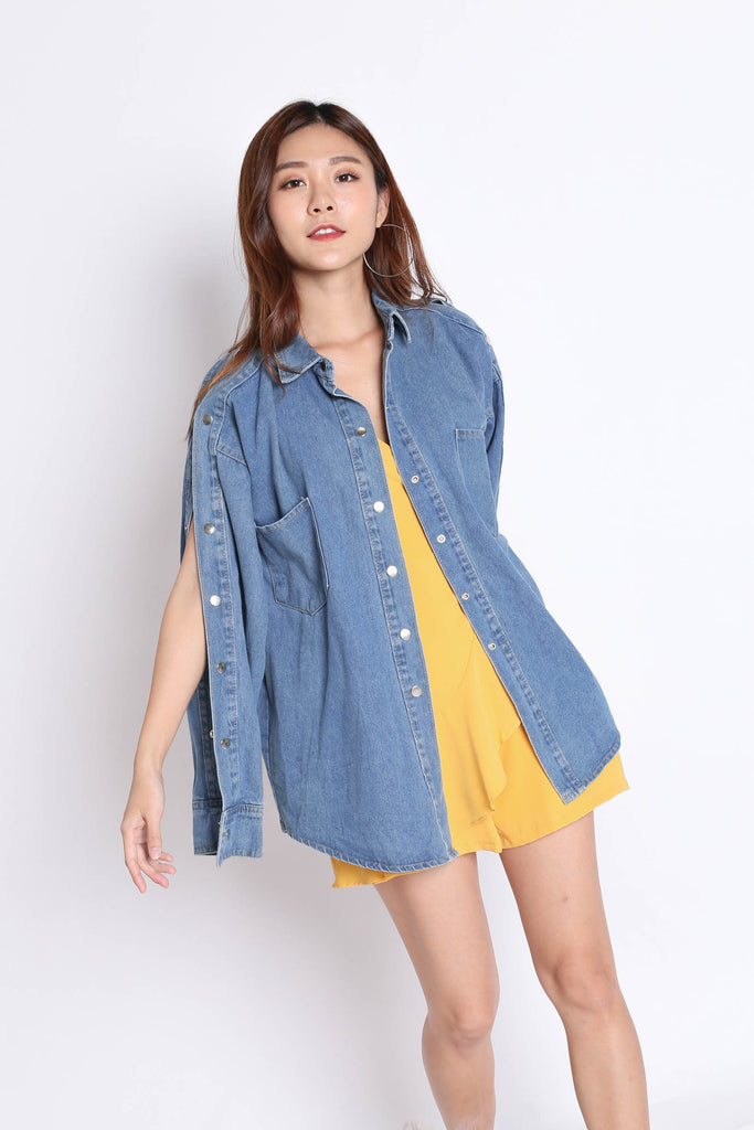 DENIM OVERSIZED BUTTON DOWN SLEEVES JACKET