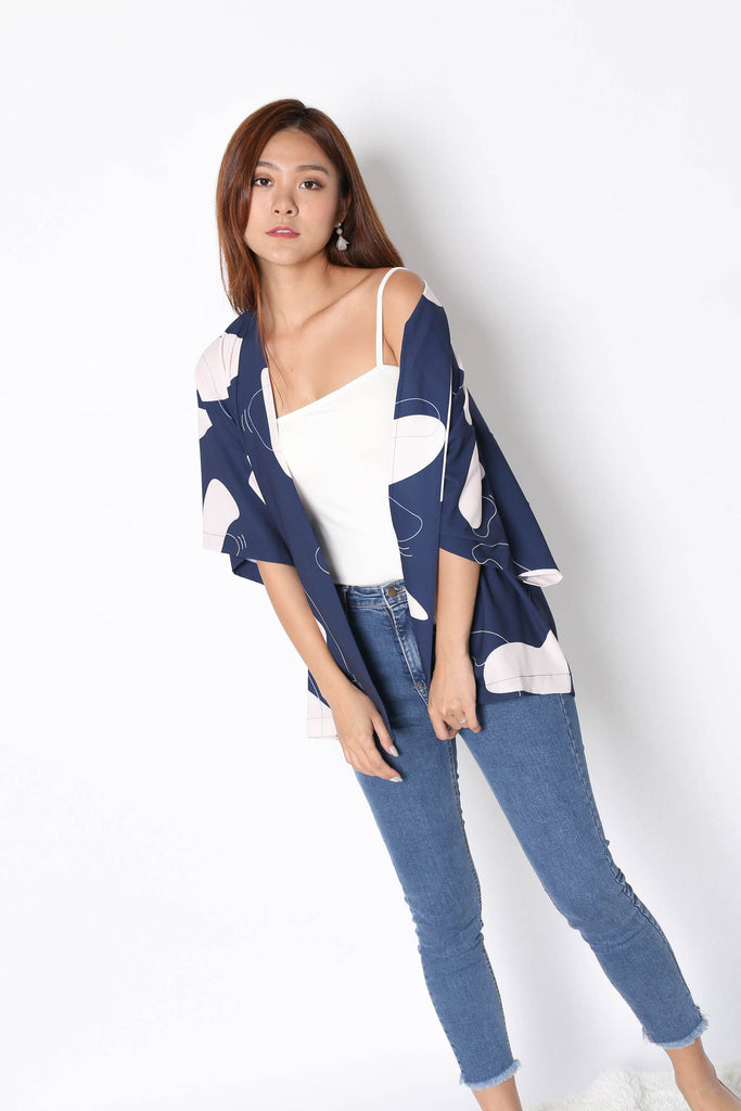 *TPZ* (PREMIUM) FELLE KIMONO ABSTRACT JACKET IN NAVY - TOPAZETTE