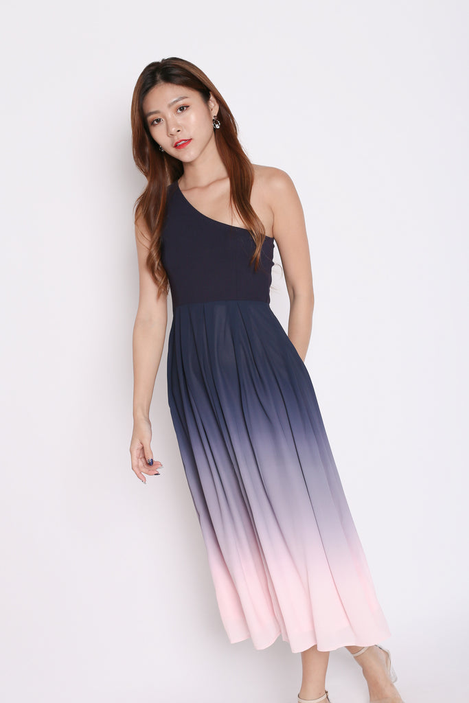 (PREMIUM) AURORA OMBRE TOGA DRESS (NAVY/ PINK) - TOPAZETTE