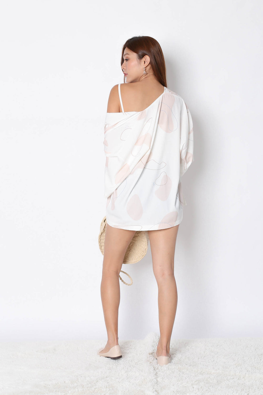*TPZ* (PREMIUM) FELLE KIMONO ABSTRACT JACKET IN WHITE