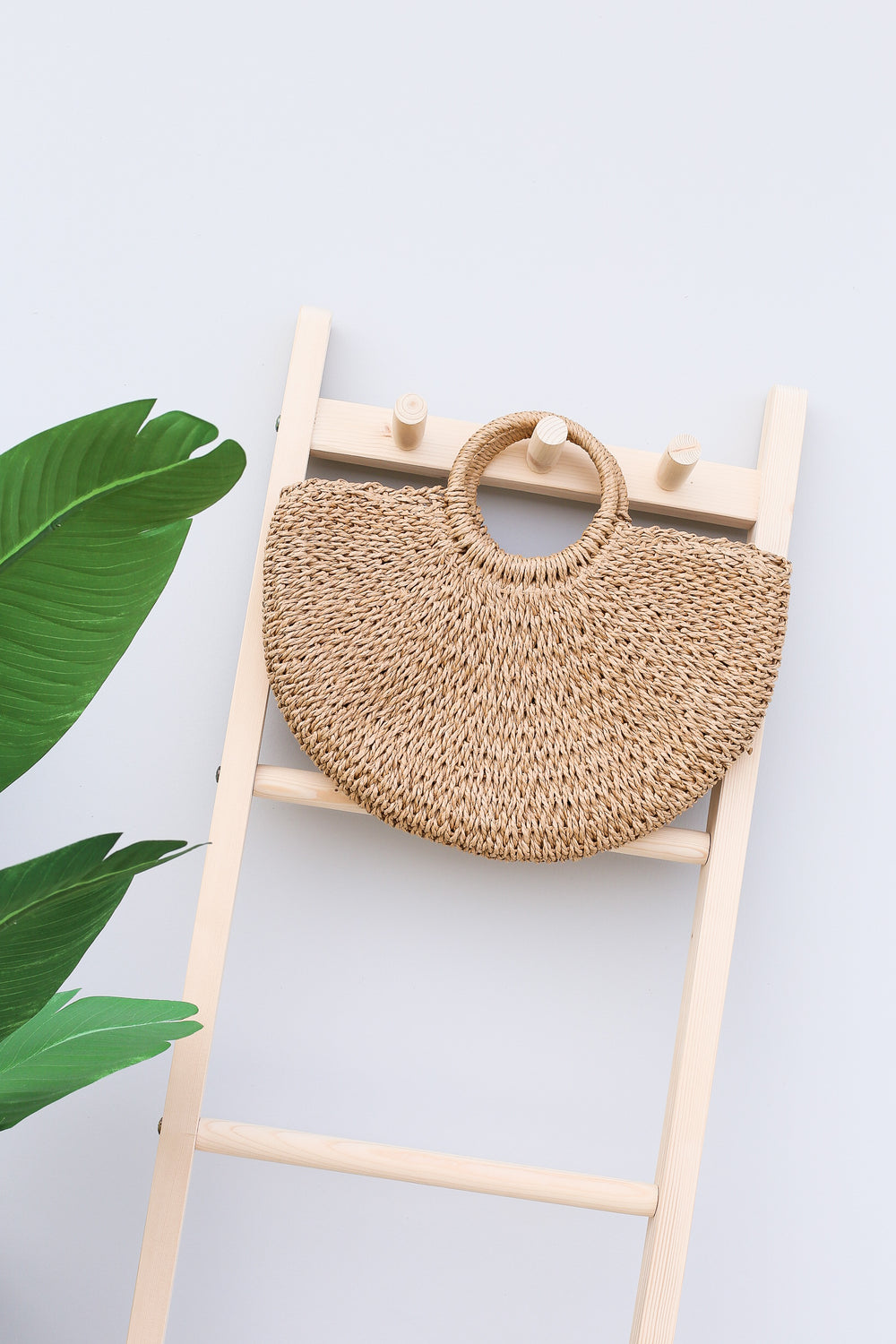 CLASSIC RATTAN WOVEN BAG (MEDIUM)
