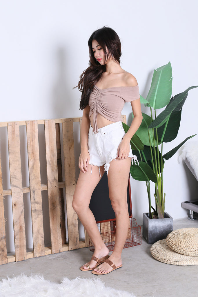 *BACKORDER* BASIC SCRUNCH TOP IN TAUPE - TOPAZETTE