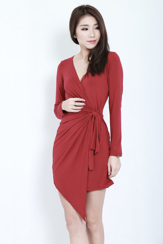 *BACKORDER* DRAPE WRAP DRESS IN WINE - TOPAZETTE