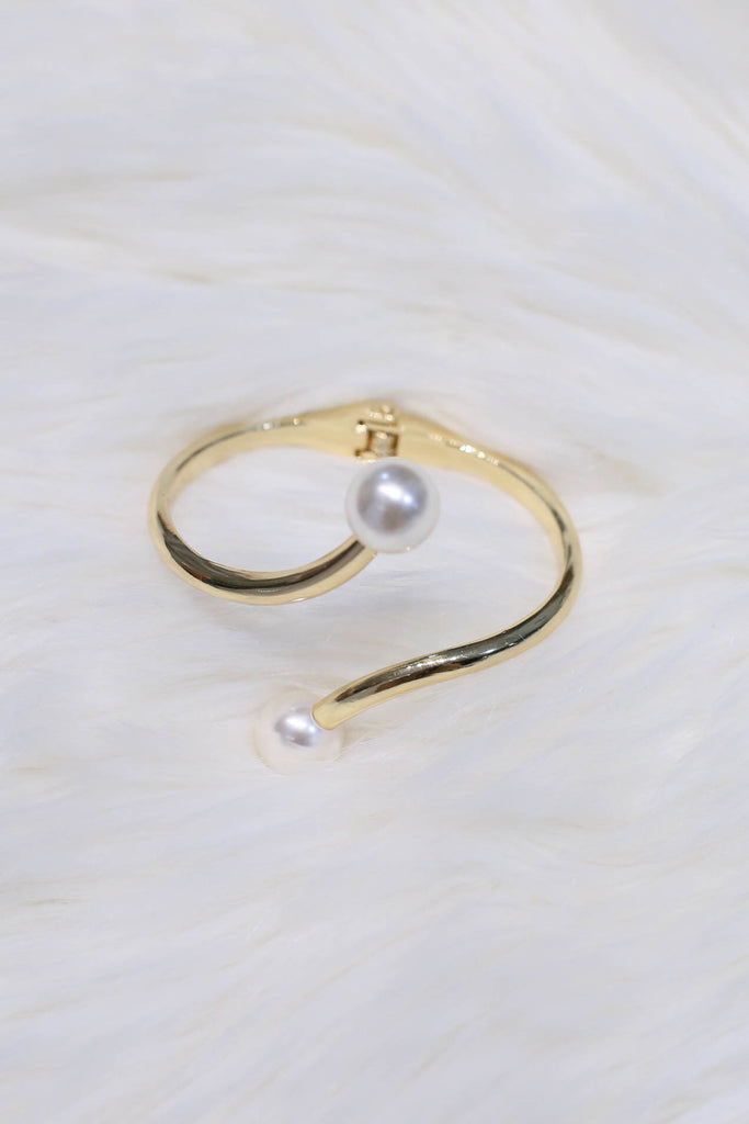 PEARL CUFF BANGLE (V2) - TOPAZETTE