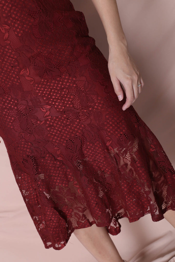 *TPZ* (PREMIUM) PEARLETTE LACE DRESS IN WINE - TOPAZETTE