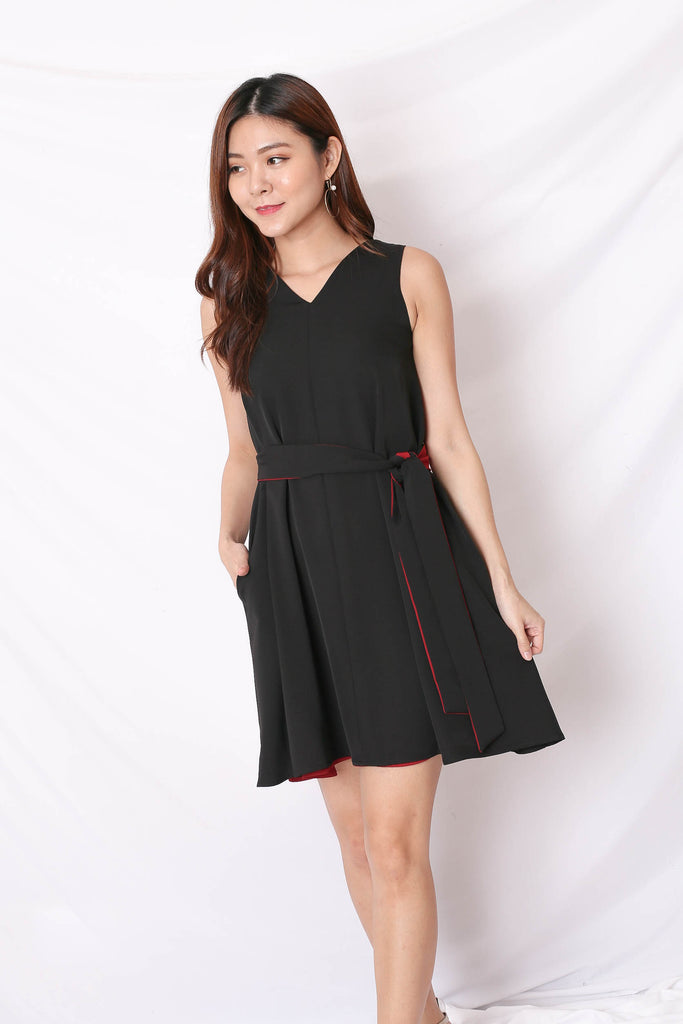 *TPZ* (PREMIUM) KIN 4 WAYS TRAPEZE DRESS (BLACK/ WINE)