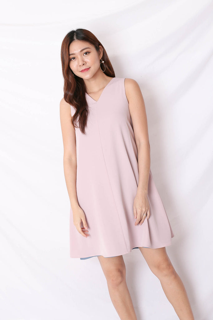 *TPZ* (PREMIUM) KIN 4 WAYS TRAPEZE DRESS (BABY PINK/ STALE BLUE)