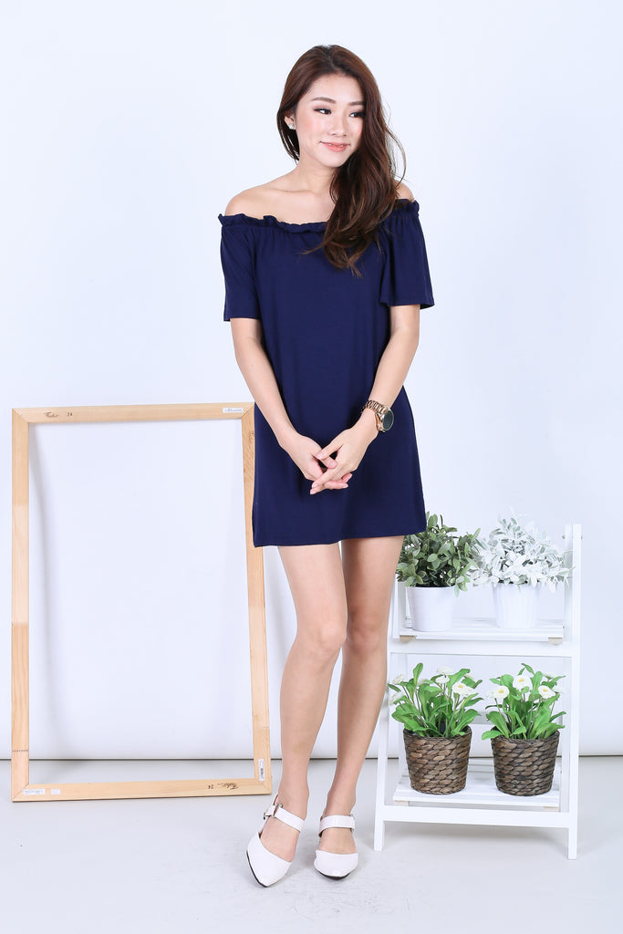 SCRUNCH OFF SHOULDER DRESS IN NAVY - TOPAZETTE