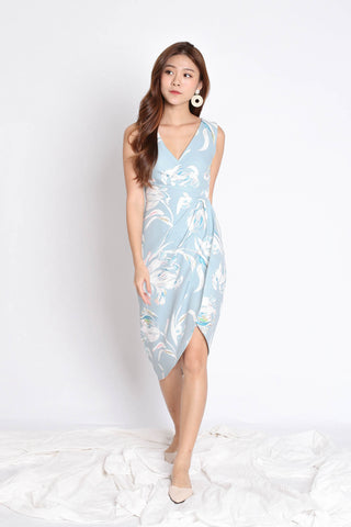 *TPZ* (PREMIUM) HARRIET TULIP DRESS IN DUSTY BLUE FLORALS