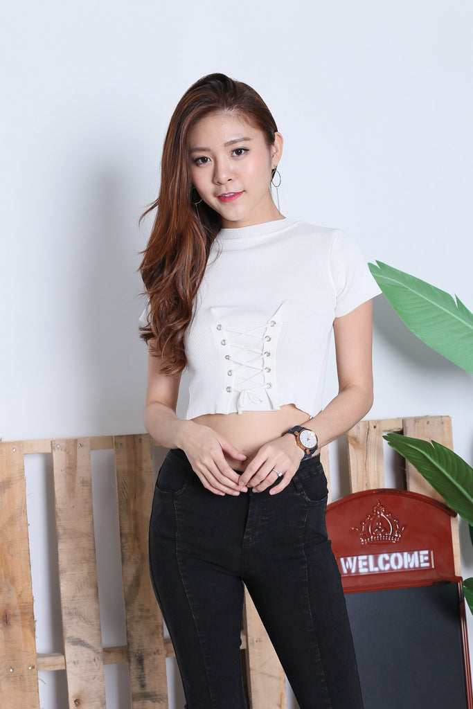 JUNCE SLEEVED LACE KNIT TOP IN WHITE - TOPAZETTE