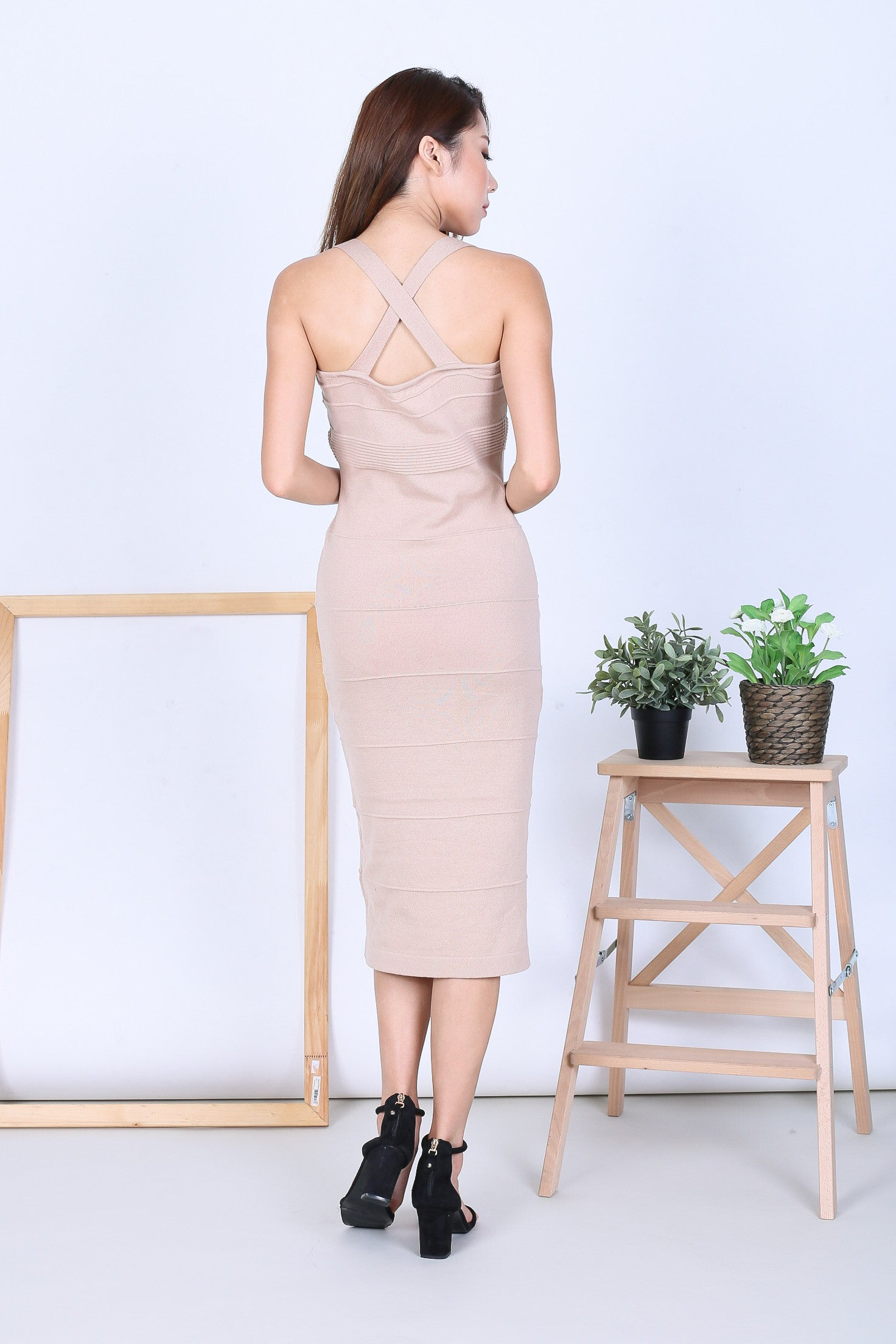 TESSA KNIT MIDI DRESS IN NUDE