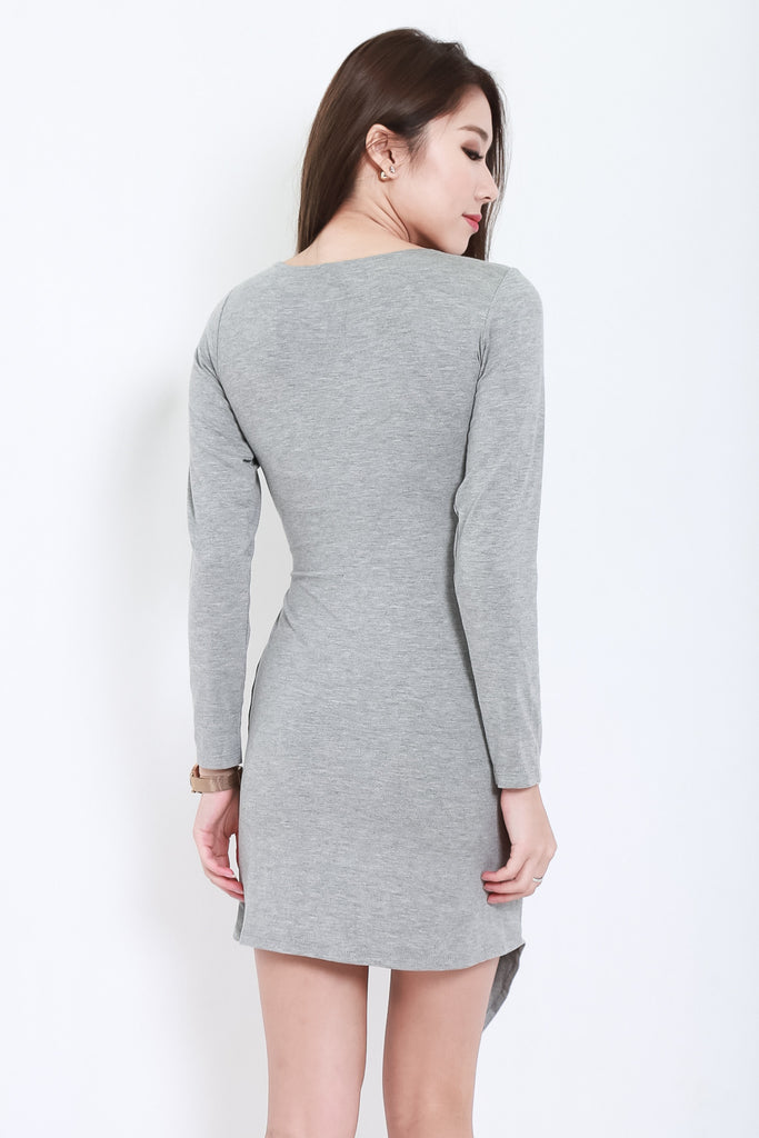 DRAPE WRAP DRESS IN LIGHT GREY - TOPAZETTE