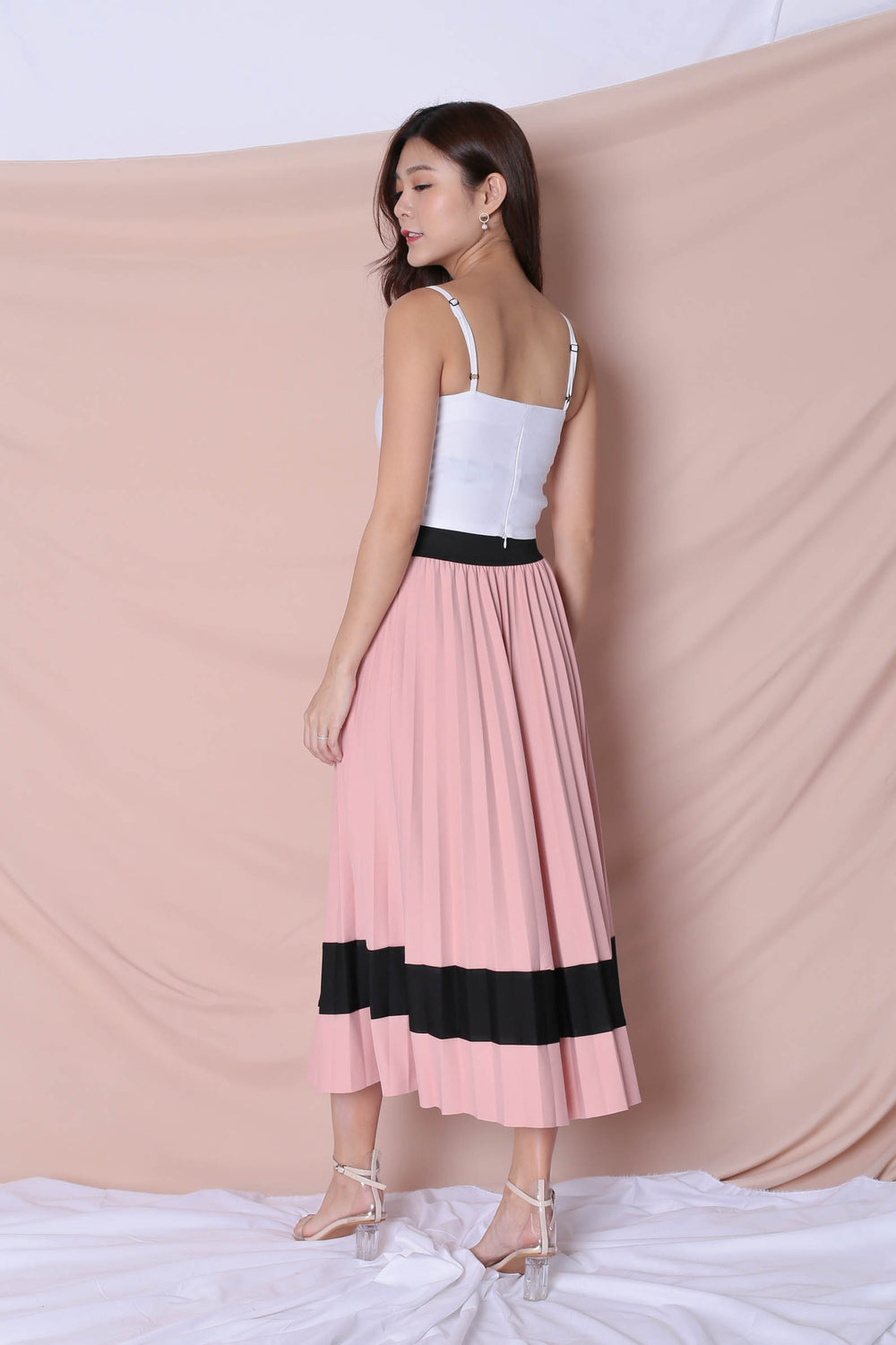 YSO PLEATED COLOURBLOCK SKIRT IN PINK - TOPAZETTE