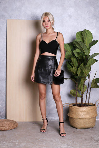 TAYE LEATHER SKIRT IN BLACK