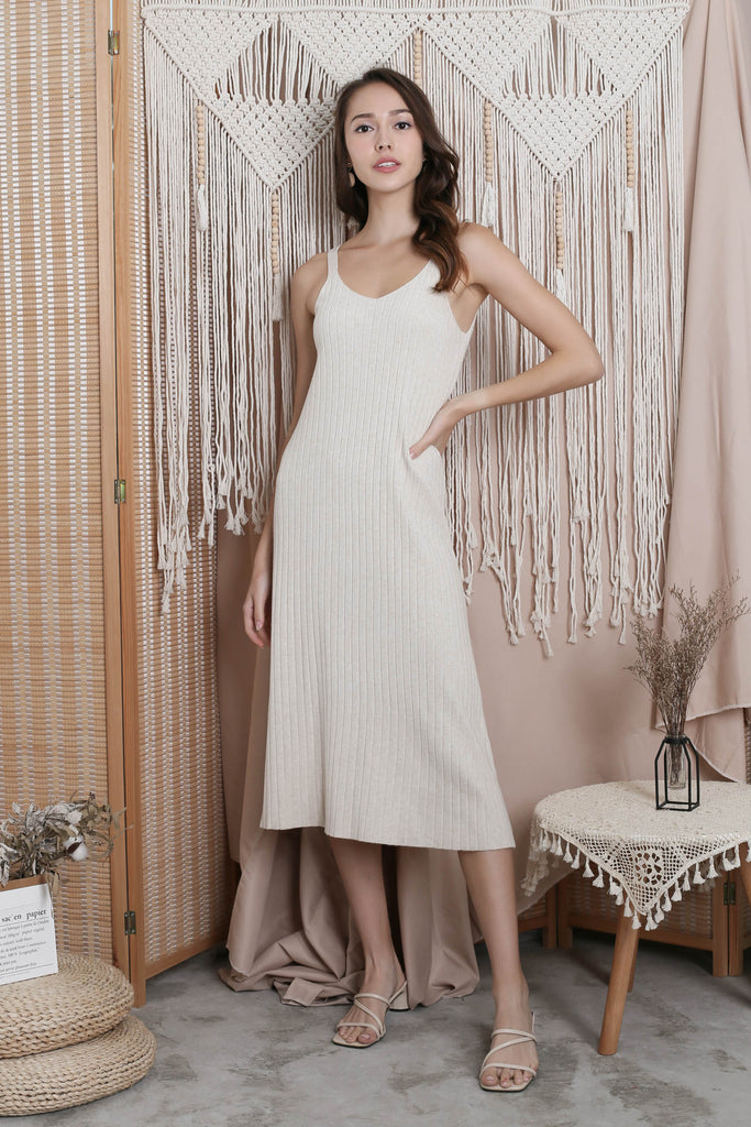 VALERIE KNIT DRESS IN CREAM