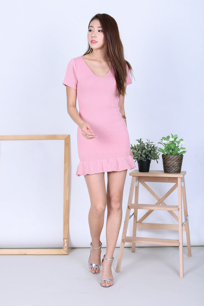 MERMAID SLEEVED DRESS V.2 IN PINK - TOPAZETTE