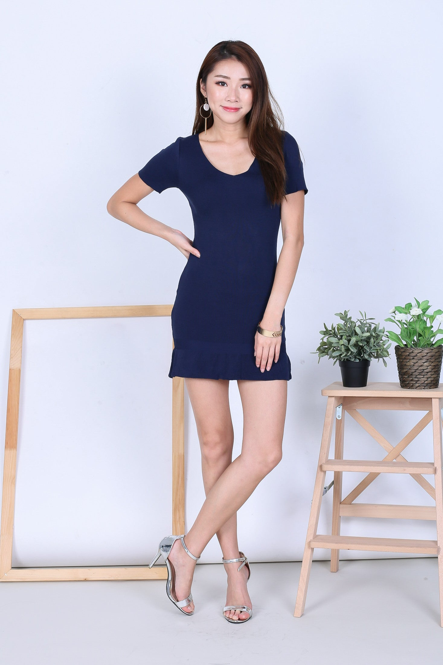 MERMAID SLEEVED DRESS V.2 IN NAVY - TOPAZETTE