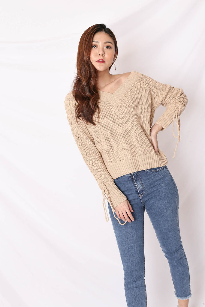 *BACKORDER* KEX KNIT TOP IN TAUPE