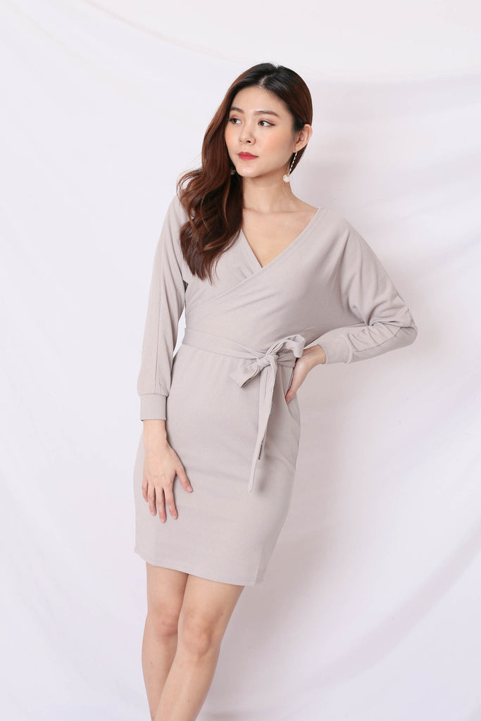 LIZY KIMONO WRAP DRESS IN GREY