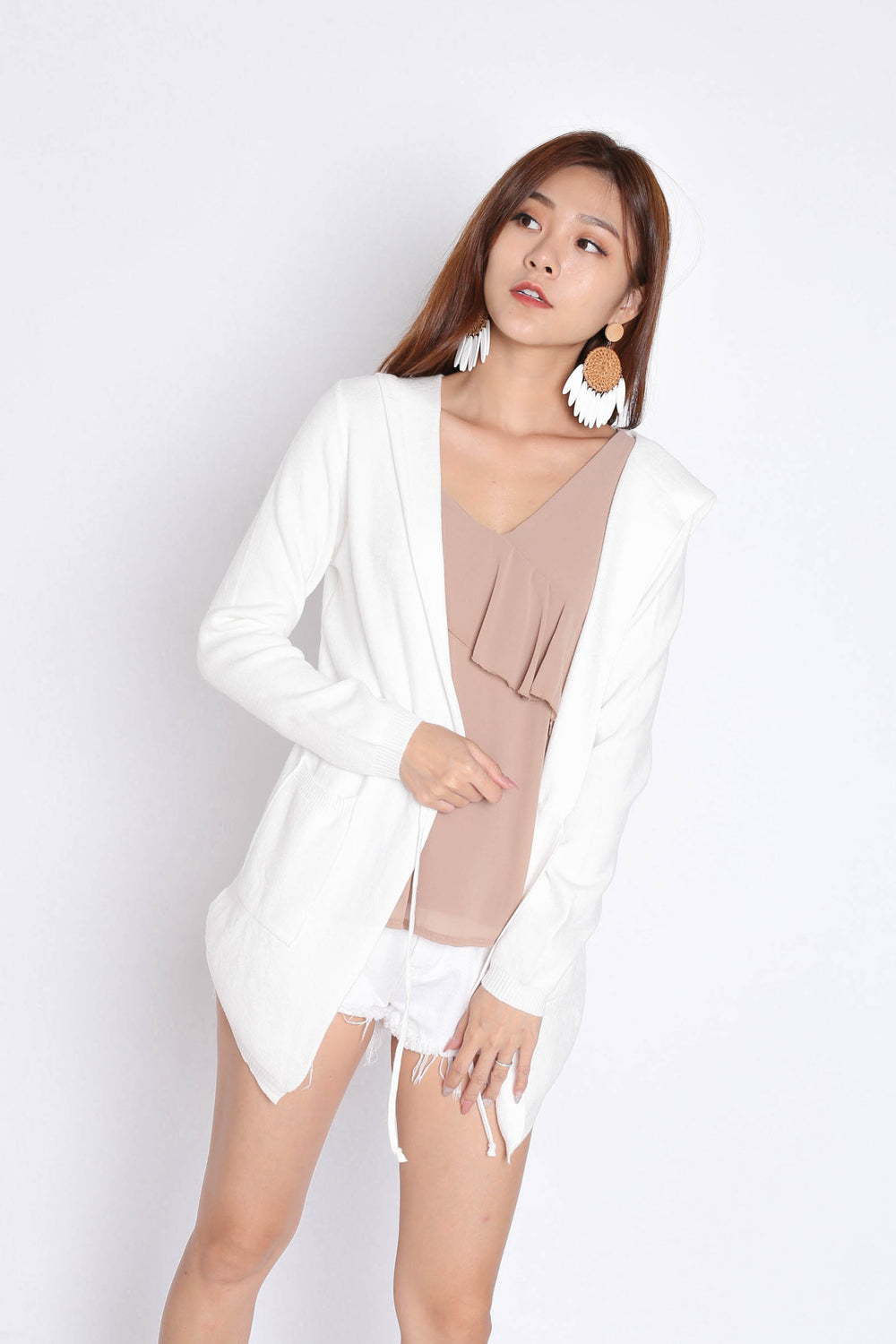 BRAE SOFT KNIT CARDIGAN IN WHITE