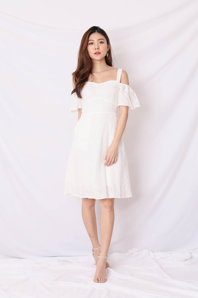 *TPZ* (PREMIUM) LEAH 3 WAYS EYELET DRESS IN WHITE