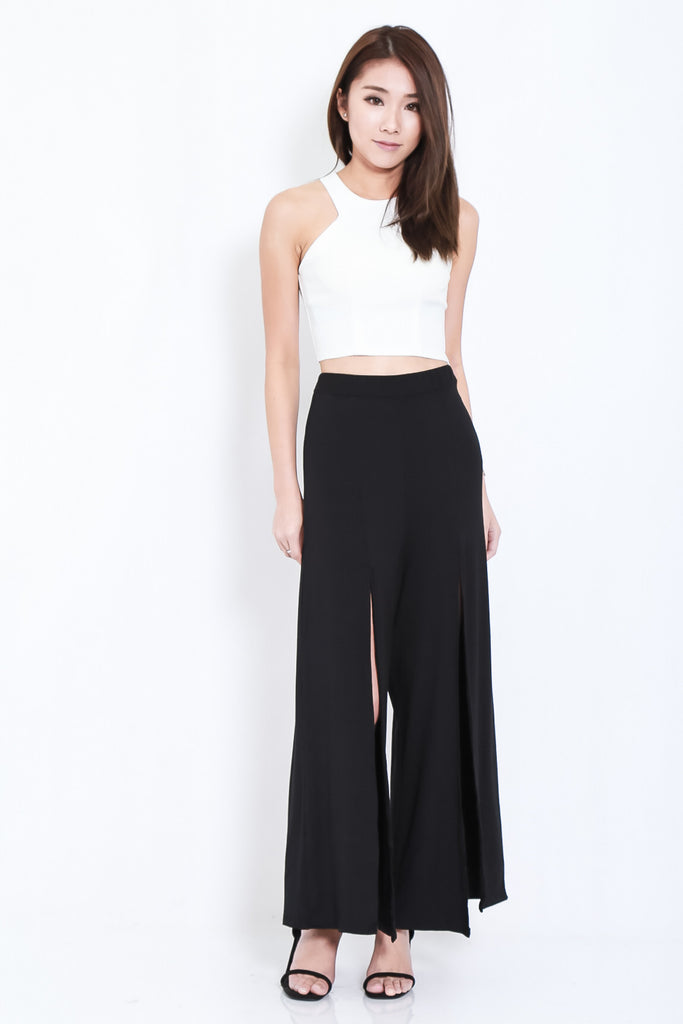 *BACKORDER* FLOWY SLIT PANTS IN BLACK - TOPAZETTE