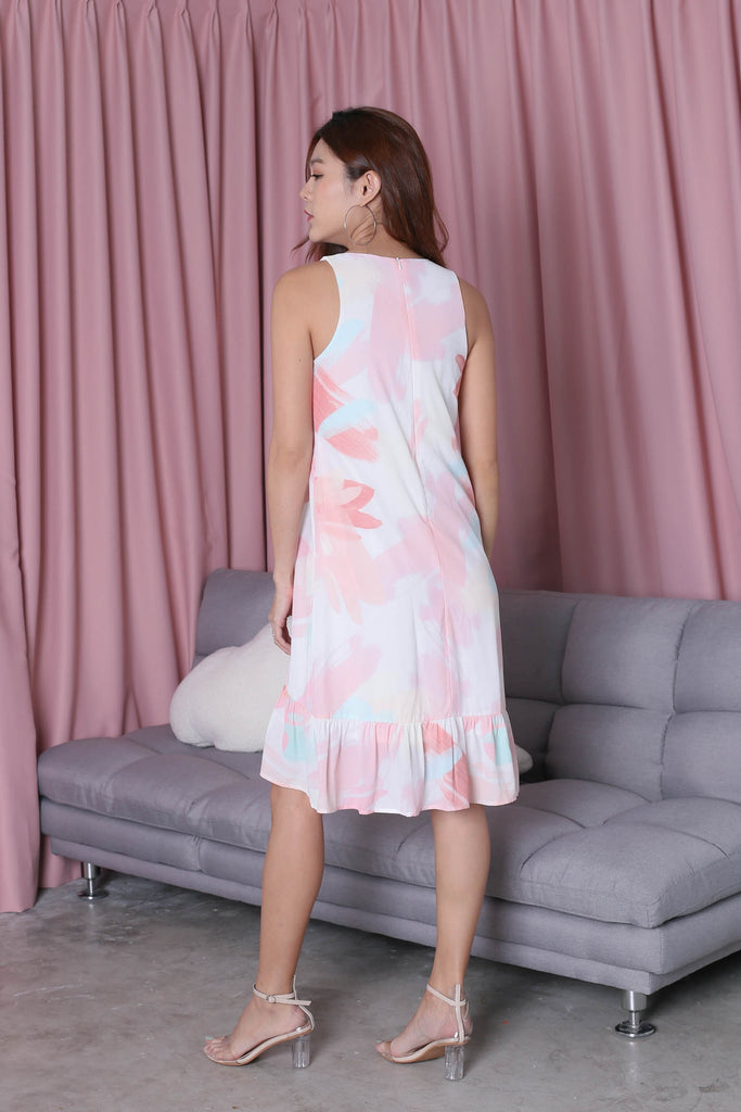 *TPZ* (PREMIUM) ZIA WATERCOLOUR ABSTRACT DRESS IN CORAL HUE - TOPAZETTE