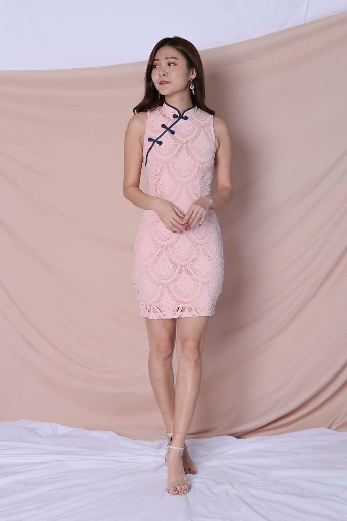 *TPZ* (PREMIUM) DEANN LACE CHEONGSAM DRESS IN PINK - TOPAZETTE