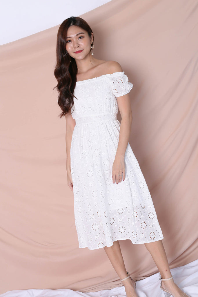 *TPZ* (PREMIUM) YULA EYELET DRESS IN WHITE - TOPAZETTE